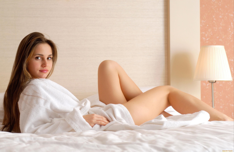 Стройная девочка голая фото 11 фотография